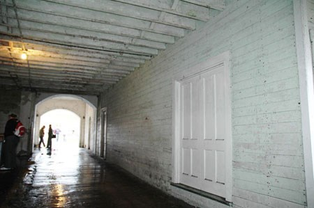 covered walkway with ceiling