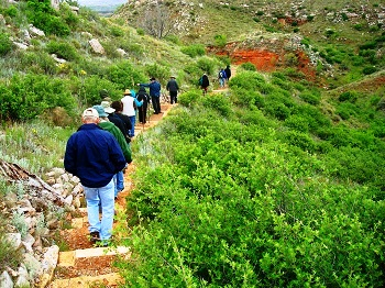 Down the trail at ALFL May 2009 by Kris Abu-Hantash