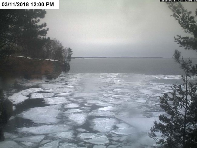 Image of Lake Superior taken from wave cam at the Apostle Islands ice caves