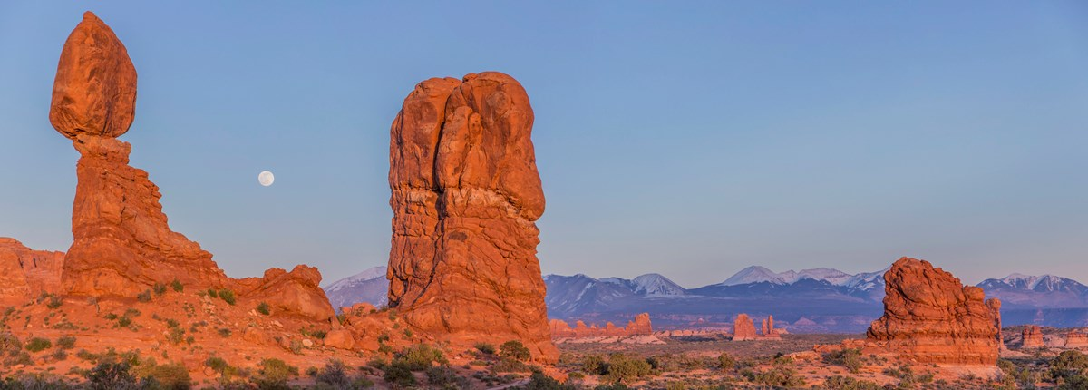 Balanced Rock in late afternoon