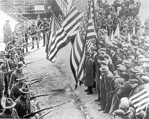 Militia confront strikers in Lawrence, MA in 1912. Public Domain