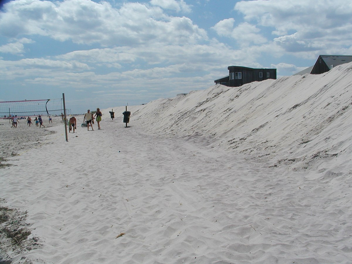 Artificial dunes as the result of beach scraping