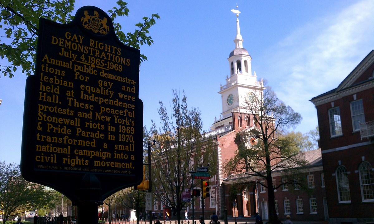 Pennsylvania state marker commemorating Annual Reminder demonstrations in front of Independence Hall