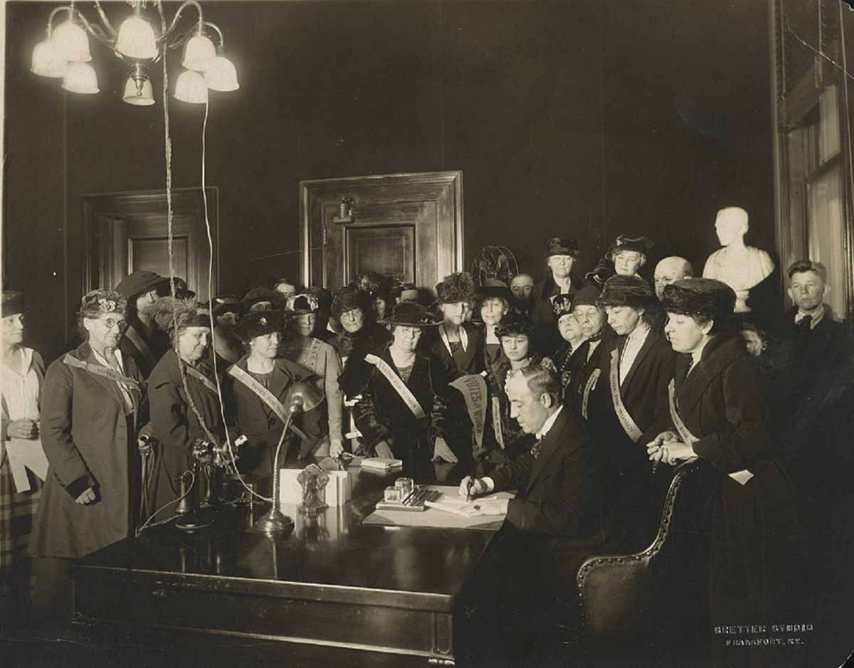 Kentucky Governor Edwin P. Morrow signing the 19th Amendment. Kentucky became the 24th state to ratify the amendment. Library of Congress.
