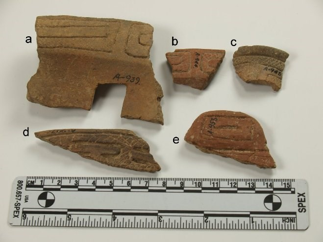 Zoned-Incised Wares (ZIC), Early Saladoid. a: cat. # 2465; b: cat. # 2466; c: cat. # 2478; d: cat. # 2471; e: cat. # 2462. All sherds from either the St. Georges or Richmond sites. Folmer Anderson Collection, Christiansted National Historic Site