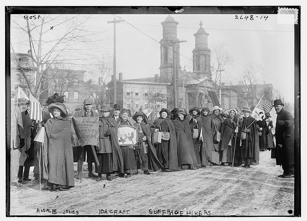 Rosalie Jones and Marchers heading for DC 1913