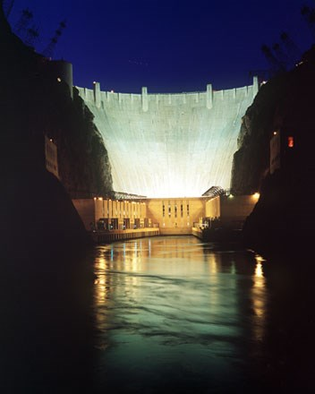Hoover Dam at night. (Bureau of Reclamation; Andrew Pernick, photographer)