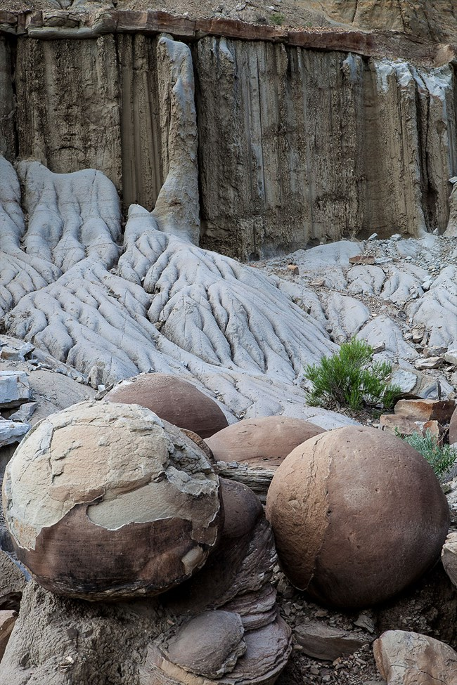concretions and badlands