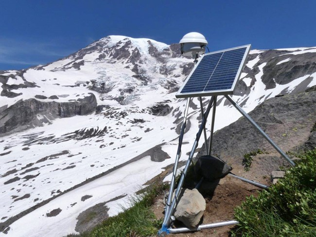 Solar-powered time-lapse camera rig with a view of upper Nisqually Glacier