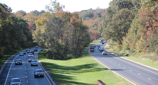 a pictures of vehicles travelling on the Baltimore Washington Parkway