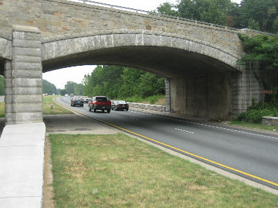 a picture of an overpass on the baltimore Washington Parkway