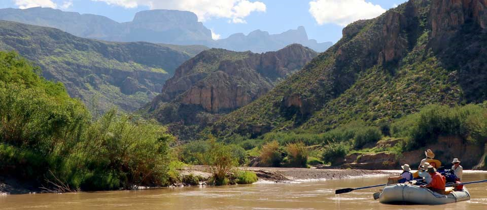Guided float trip in Boquillas Canyon
