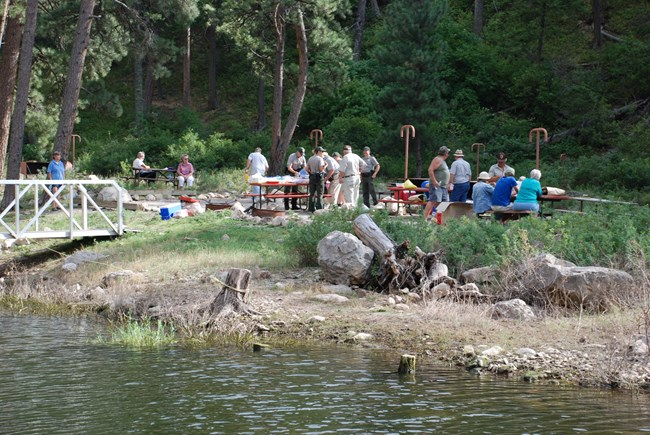 Volunteers enjoy a picnic at Black Canyon Campground