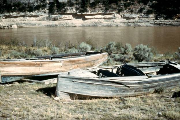 Photo of Doc Barry's boats at Barry's Landing