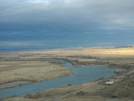 Fishing licenses for montana or wyoming bighorn canyon for Wyoming fishing license