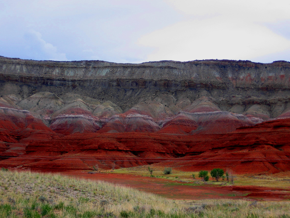 Red cliffs at Horseshoe Bend Campground