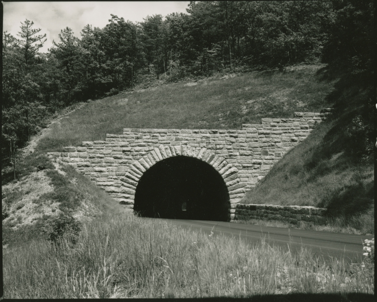 Tunnels Blue Ridge Parkway U S National Park Service