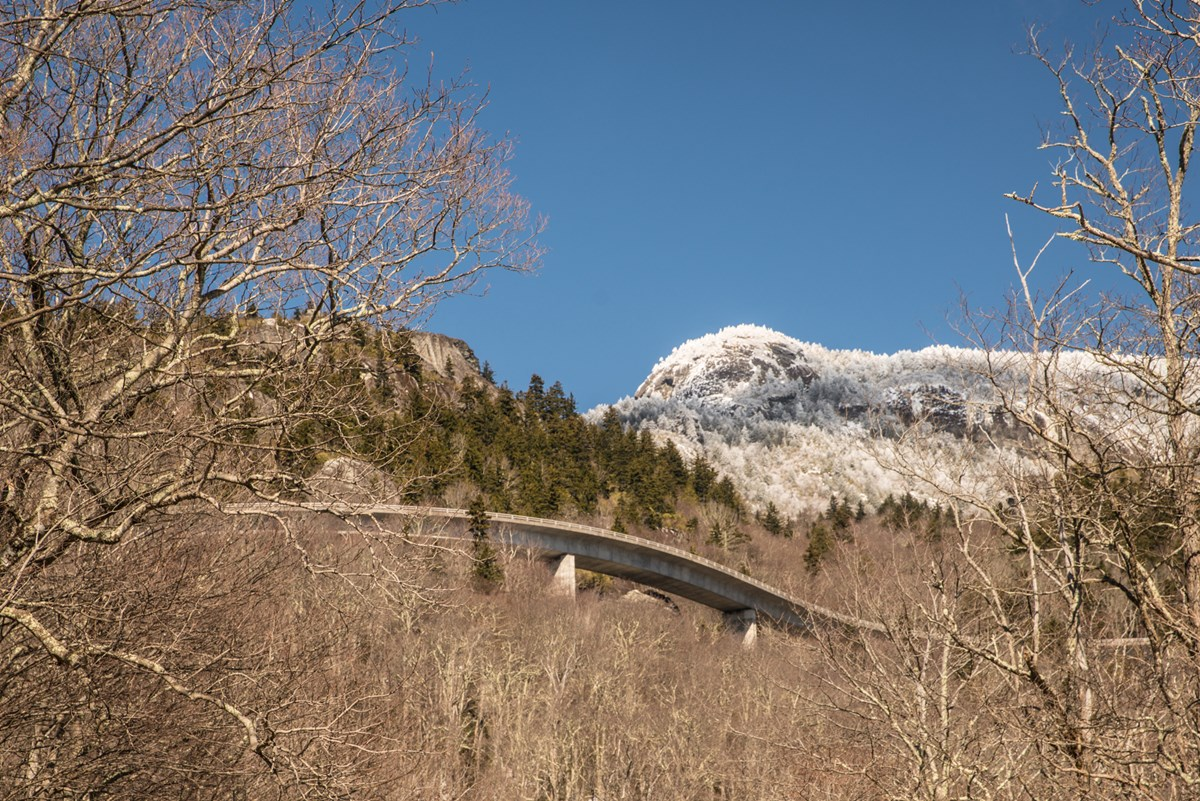 linn cove viaduct and grandfather mountain 2