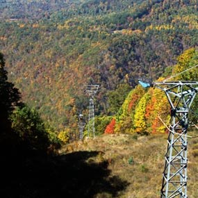 aerial tram at Pipestem Resort State Park with fall colors
