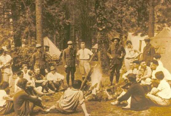 Early campfire gathering at Bryce Canyon