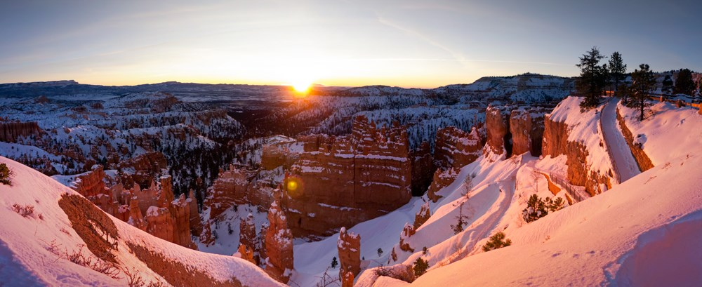 Sunrise on the rim during winter.