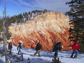 Snowshoe outing along the rim at Bryce Canyon National Park