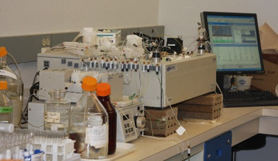 A QuikChem Flow Injection Analysis unit in the ARLC laboratory.
