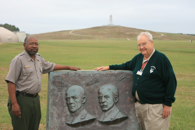 Volunteer Joe Hardman and Park Ranger Fent Davis