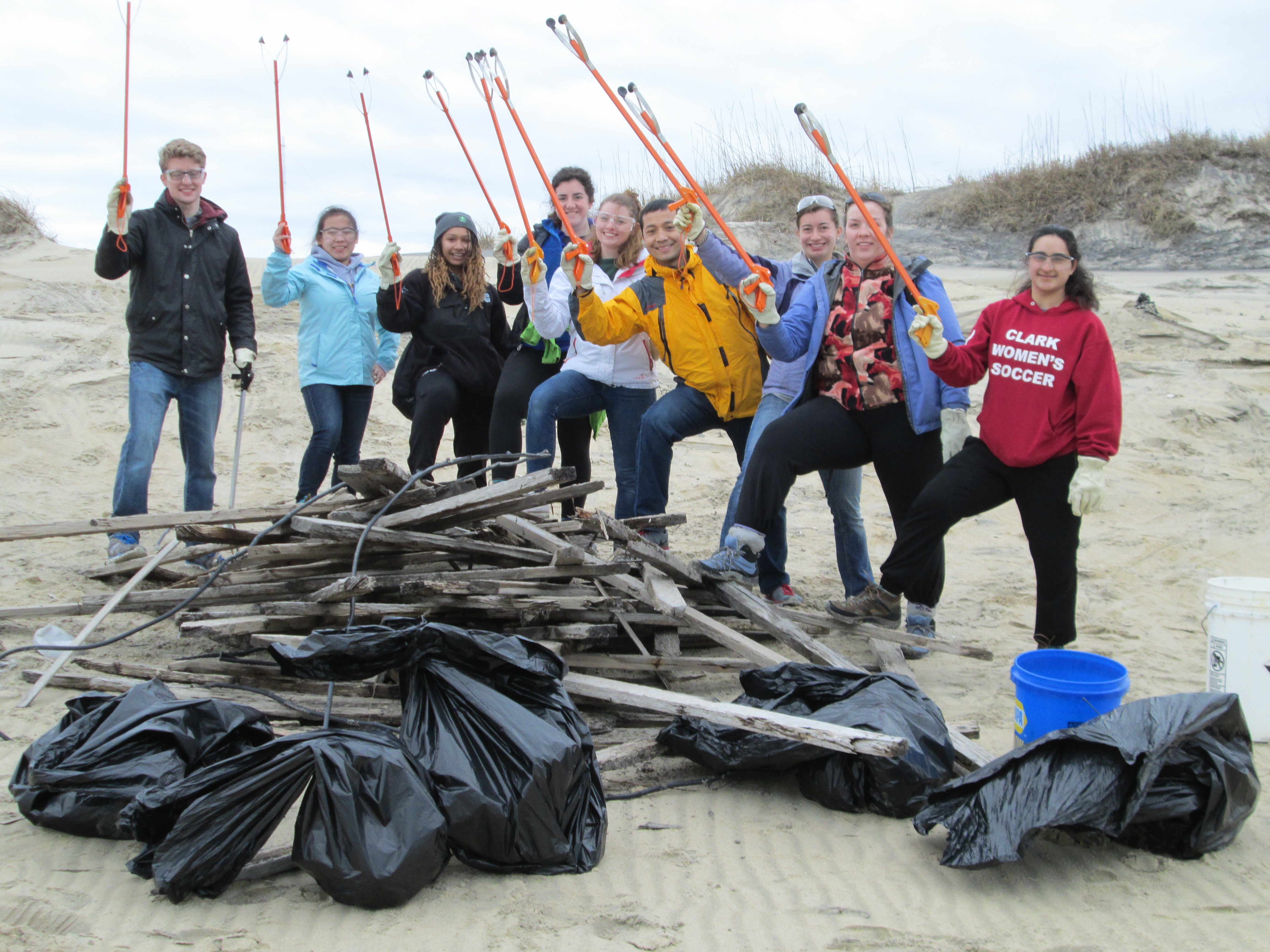 Group of University of Vermont students at beach cleanup.