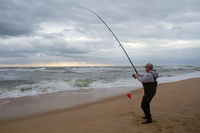 Fishing cape hatteras national seashore u s national for Surf fishing gulf shores
