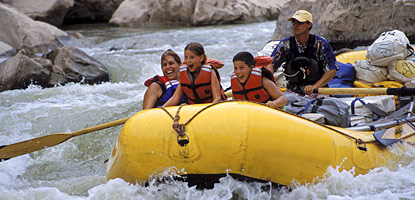 photo: Guided raft trip through Cataract Canyon
