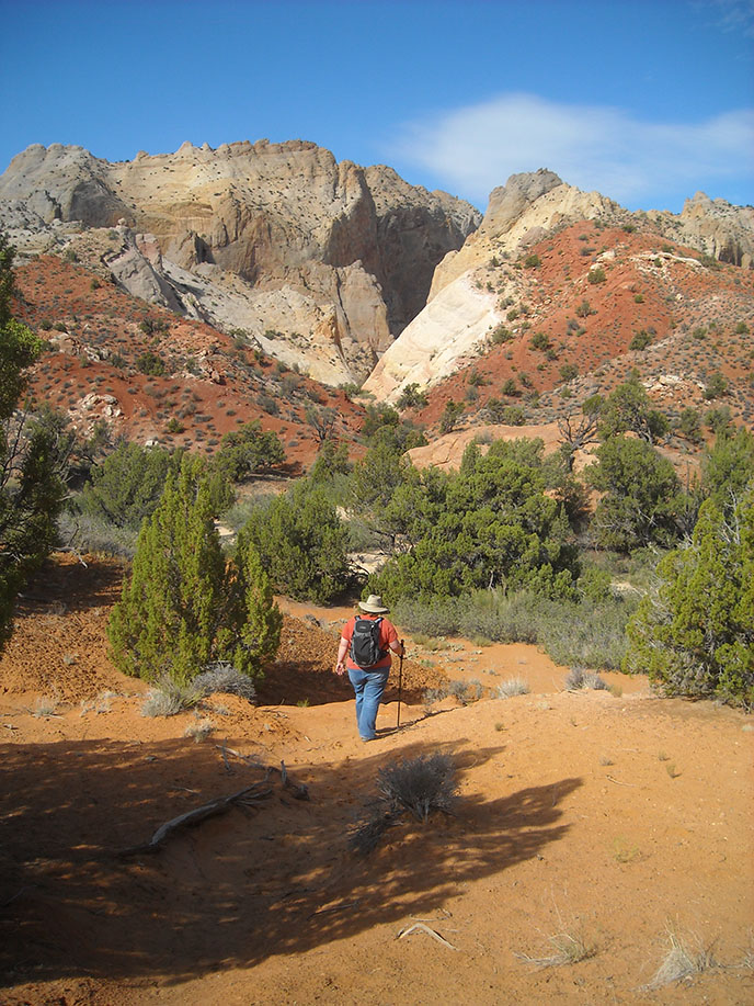 Hiking routes in the waterpocket district capitol reef for Utah fishing license cost