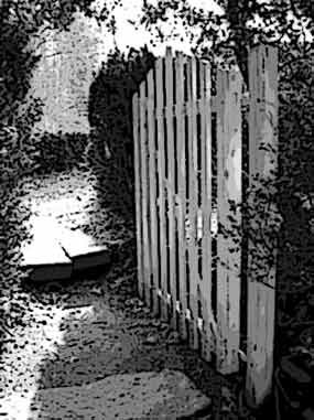 photo of gate leading to one of many trails at Carl Sandburg Home NHS