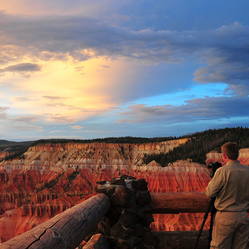 Man photographing Cedar Breaks Ampitheatere