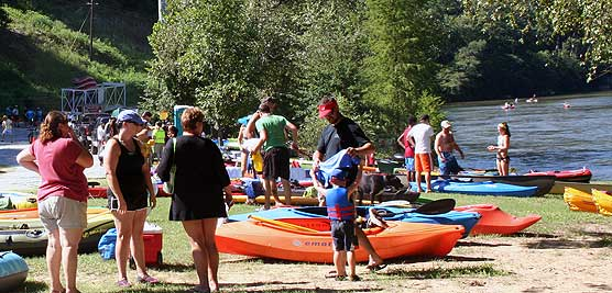 Visitors preparing for a float down the Chattahoochee River National Recreation Area. Photo by NPS