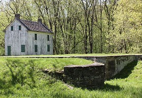 Lock 56 and lockhouse in the spring