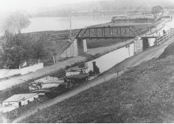 Historical photo of the Bollman Bridge