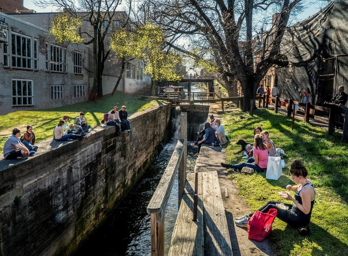 Park visitors gather around Lock 4 in Georgetown