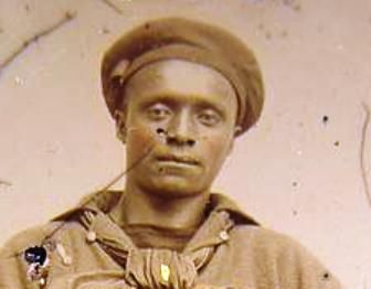 Photo of unidentified African American sailor in Union uniform.