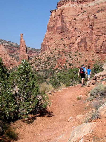 Hiking Lower Monument Canyon Trail