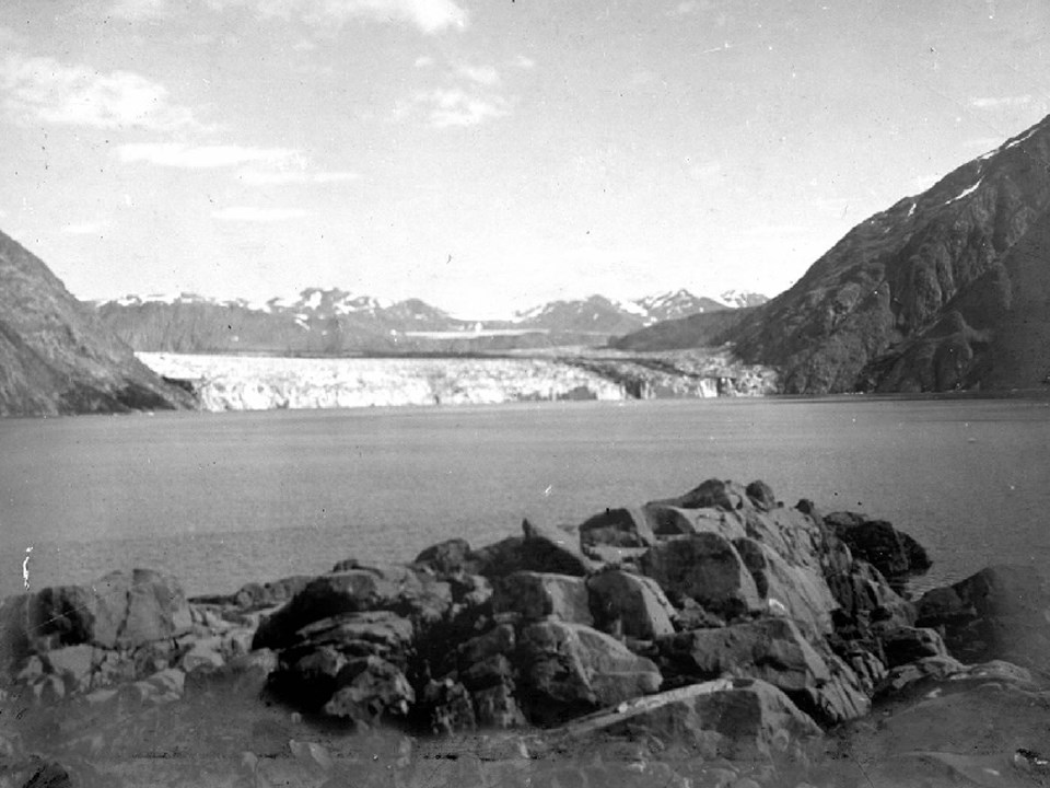 Carrol Glacier in 1906