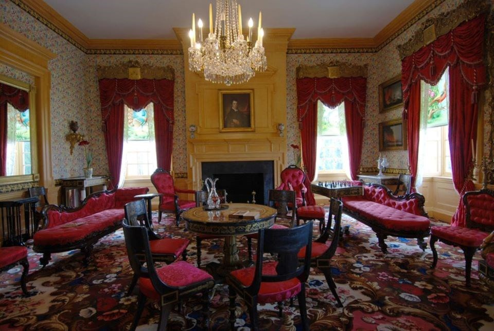 A modern day view of the drawing room