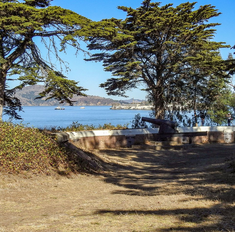 Modern photo of the historic gun platforms located behind the Fort Mason Hostel