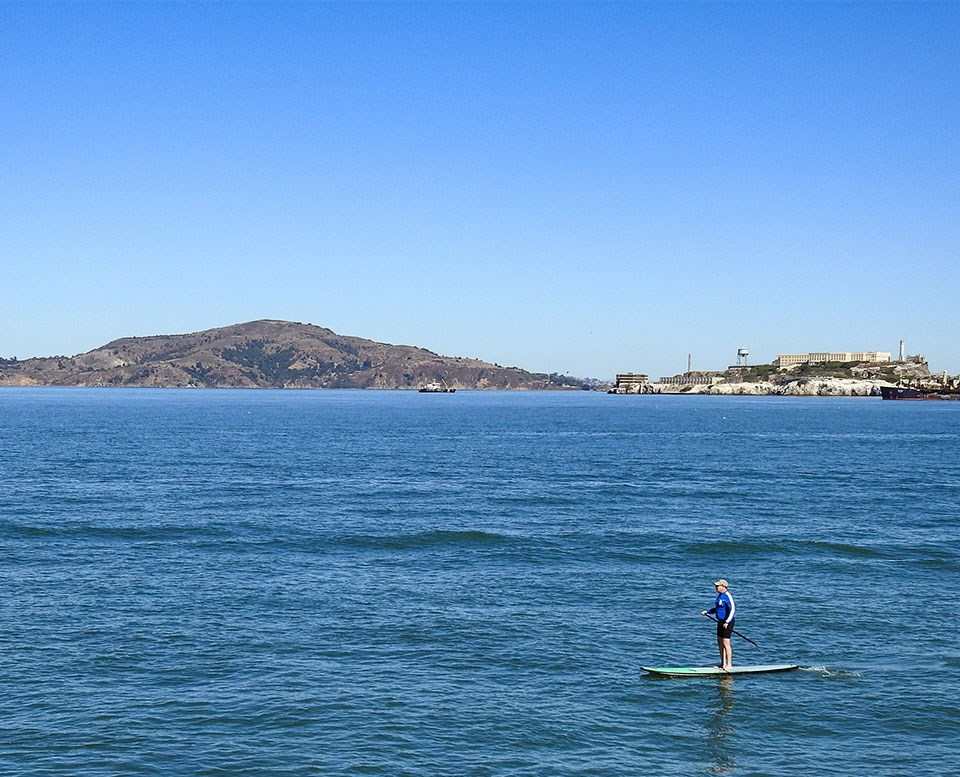 Modern photo of  a SUP on San Francisco Bay looking towards Alcatraz