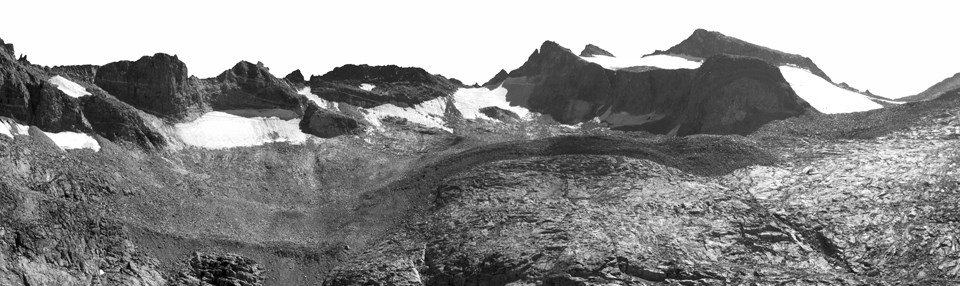 Black and white photo of the Lyell Glacier taken in 2013, showing far smaller area