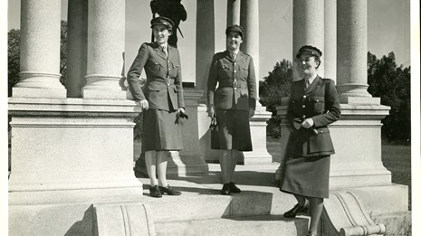 Female marines 💣 us Careers for