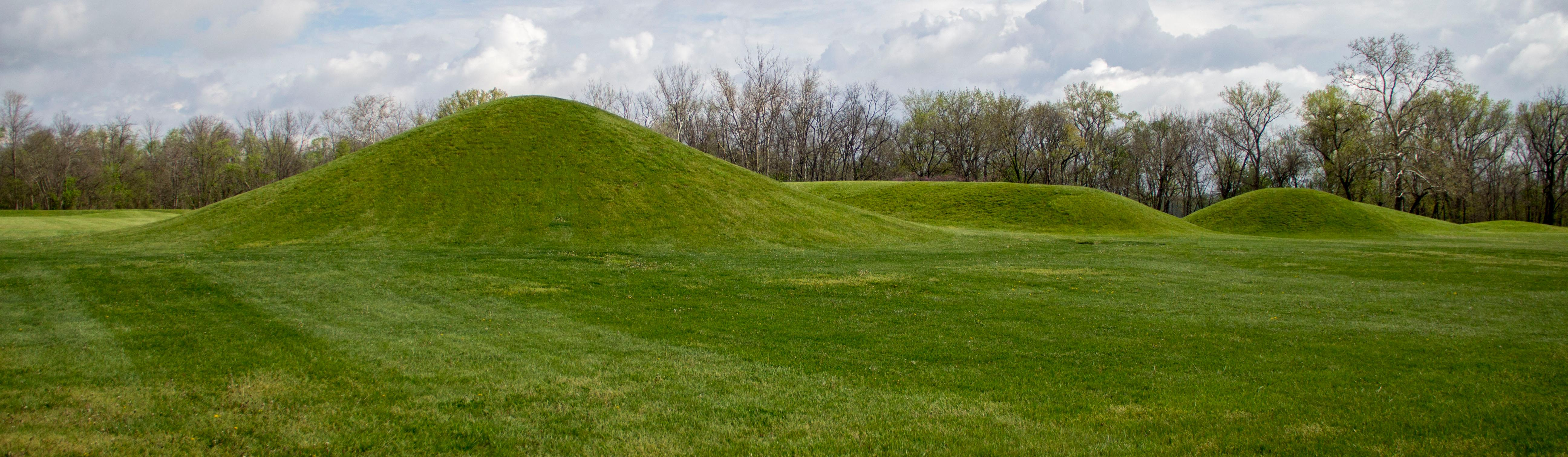 Hopewell culture national historical park u s national for Indian mound fish camp