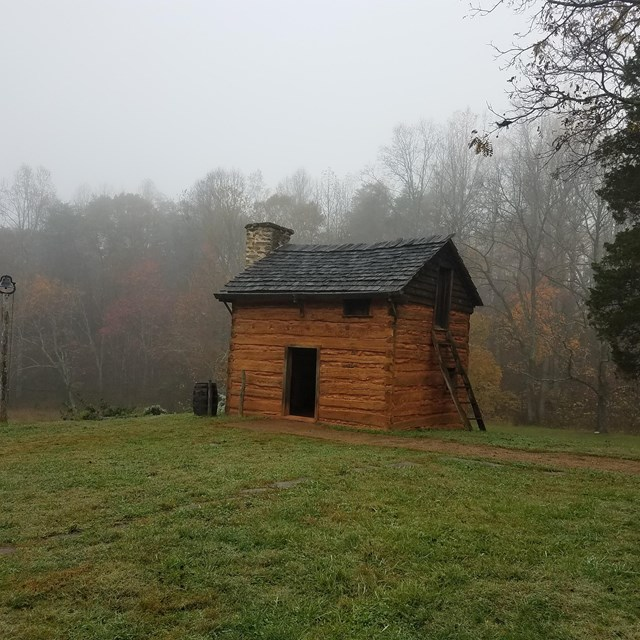 Reconstructed kitchen cabin where Washington was born