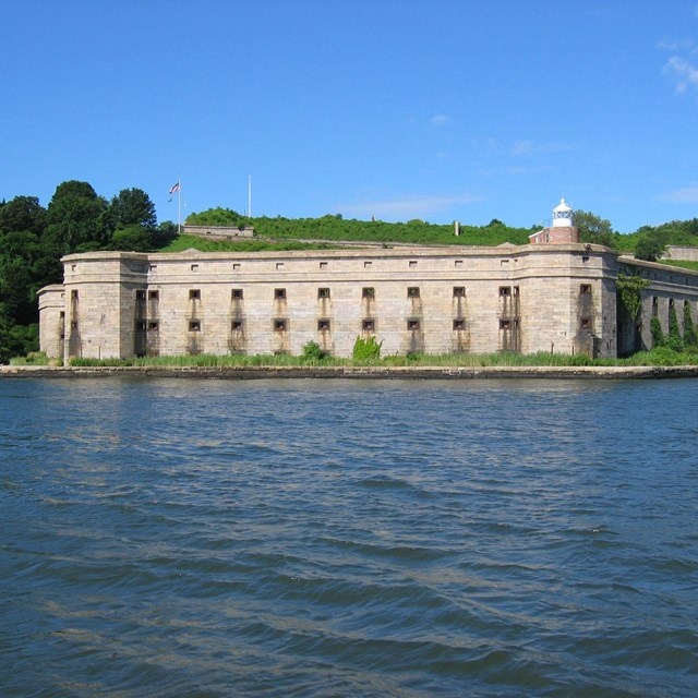View of Fort Wadsworth\'s Battery Weed from the water