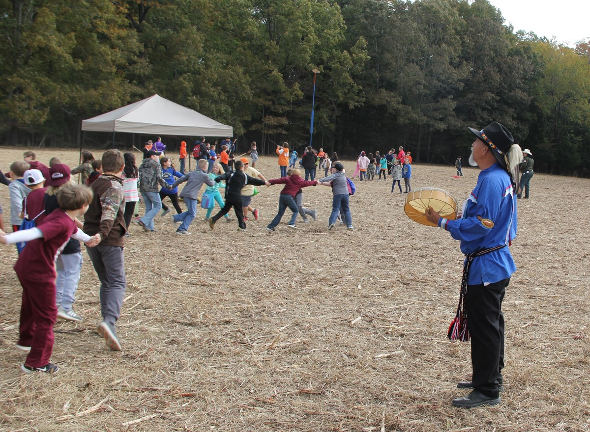 Kids dance at Shiloh Chickasaw Festival